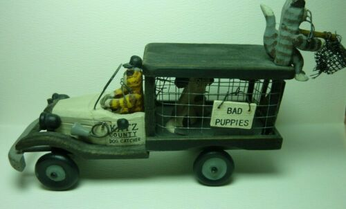 Katz County Dog Catcher Wooden Truck