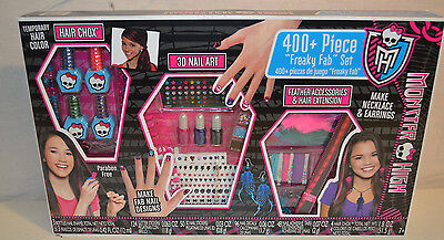 Fashion Angels Monster High 400+ Piece