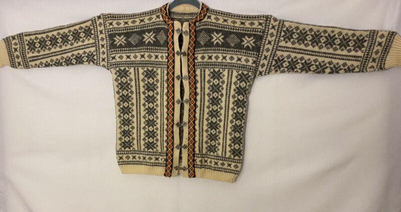 Vintage Norwegian Hand Knit Wool Women's Sweater