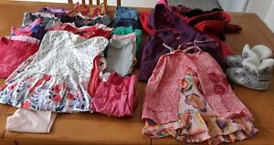 Lot de vêtements fille 2 ans 30$ le lot +robe/legging 15$