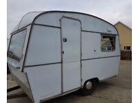 Vintage Caravan Thompson Glen