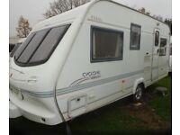 Elddis Cyclone Ex2000 5 berth Caravan 2000