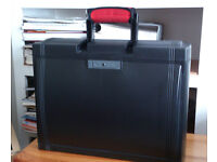 Black Plastic Suspension file case