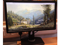Dell UltraSharp U2312HM 23 inches Monitor with LED
