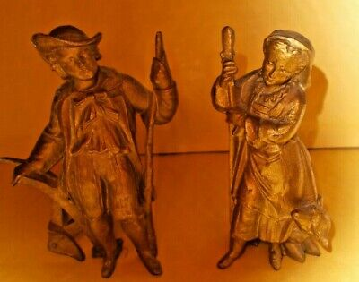 PAIR OF VINTAGE COUNTRY STYLE SPELTER FIGURES