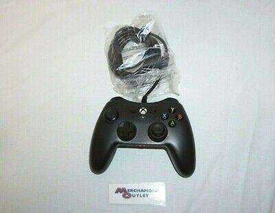 AmazonBasics Xbox One Wired Controller - Black