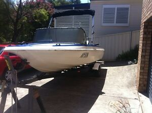 17ft fishing boat Buttaba Lake Macquarie Area Preview