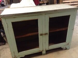 Vintage kitchen  bench/ cupboard Balmoral Bowral Area Preview