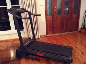 Weslo Cadence Treadmill - EXCELLENT CONDITION! Pick up today! Bardwell Park Rockdale Area Preview