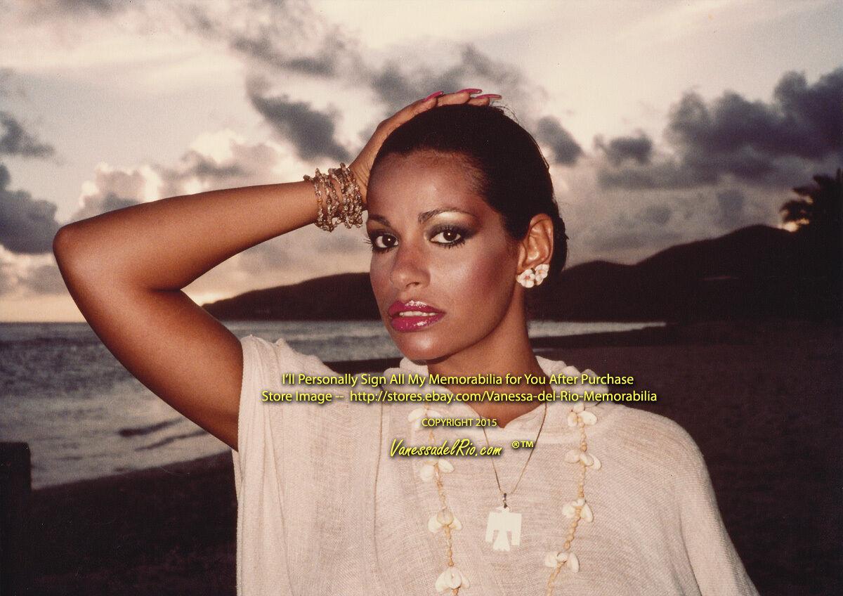 Vanessa Del Nude Photos 52