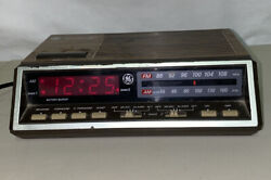 Vintage GE Alarm Clock Radio Model 7-4616B Two Wake Times  Red Digits Tested