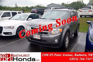2010 Ford Escape XLT 4WD! 3.0L - V6! Auto Start! Power Driver Se