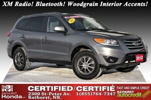 2012 Hyundai Santa Fe GL - FWD XM Radio! Bluetooth! Woodgrain In