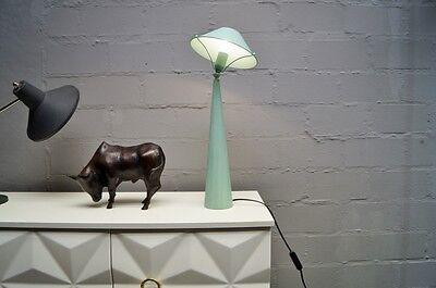 smart & elegant 80's LEOLA Tischlampe im Memphis Sottsass Stil 80er 90er