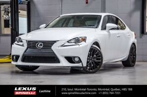 2014 Lexus IS 250 LUXE AWD; CUIR TOIT GPS VERY LOW MILEAGE - REM