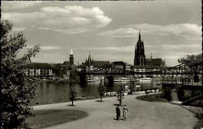 FRANKFURT Hessen 1961 Main Partie mit Brücke alte s/w Postkarte Ansichtskarte