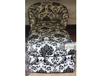 Stunning black and white high-end chaise lounge - only 90 for quick sale (was 600)