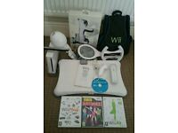 Nintendo Wii bundle includes games & wii fit balance board