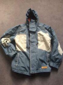 3 in 1 Oakley Ski - Snowboard Jacket with fleece gilet. Men's Small. RRP £220