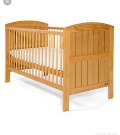 Mama's & papa's cot bed