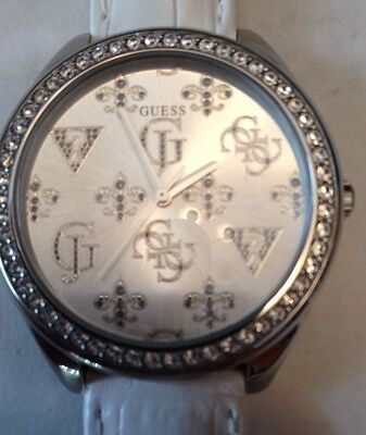 Guess Ladies White Croc Leather with Crystals Glitz Watch W75028L4 NWT