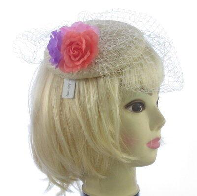 Crema Tocado Hatinator Sombrero Flores Broche Boda Carreras Cabello 5523 Vintage