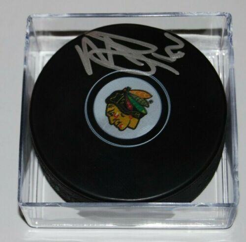MALCOLM SUBBAN signed (CHICAGO BLACKHAWKS) Souvenir autograph HOCKEY Puck W/COA