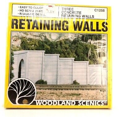 HO Woodland Scenics Three Concrete Retaining Walls C1258