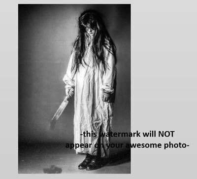 Vintage Creepy Girl Knife PHOTO Dripping Freak Scary Halloween Zombie Child Kid (Scary Halloween Girl)