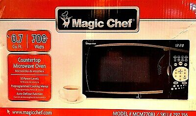 """Magic Chef  - """"0.7 cu. ft. Countertop Microwave Oven""""  / ( 700 watts / Sealed )"""