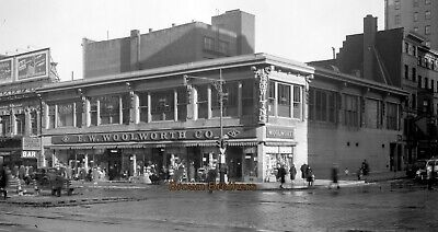 1950s NYC Broadway Woolworth 5 & 10 Cent Dept. Store Film Camera Negative #4