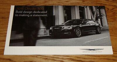 Original 2018 Chrysler 300 Deluxe Sales Brochure 18 Touring 300S 300C Limited comprar usado  Enviando para Brazil