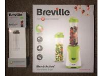 Blender - Breville & 3 bottles (brand new)