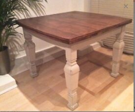 Attractive Antique Extending Dining Table (seats up to 8)