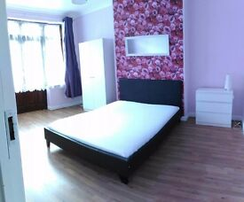 "£150pw Huge Double room for single person only in"" CROUCH END"" 10 min to Archway Station by bus"