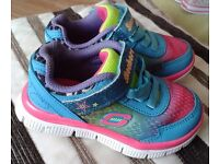 Skechers trainers size 6