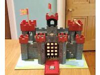 Le Toy Van Lionheart Wooden castle and figures