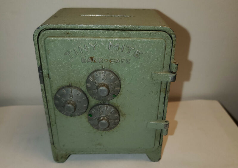Vintage Tiny Mite Bank Safe Bullseye by Arrow