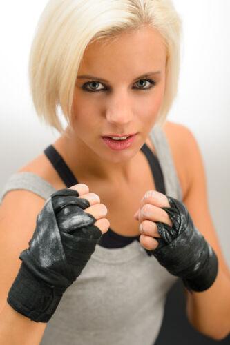 Trendsportart Kickboxen: Ratgeber für die Auswahl von Kickbox-Bekleidung und Zubehör