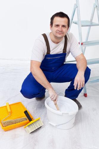 Tipps zum Kauf von Lacken und Farben in Gebinden für den professionellen Einsatz am Bau
