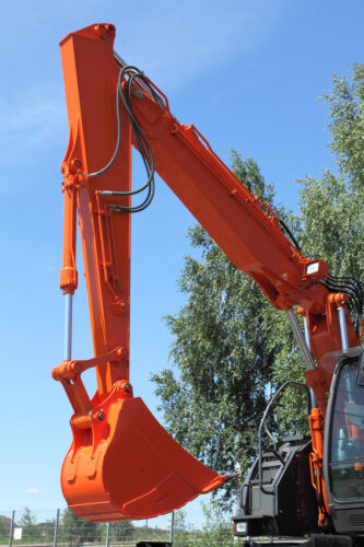 Construction Excavators: How to Manage Health and Safety