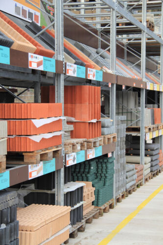 What to Look for When Buying Business and Industrial Items for Retail Purposes