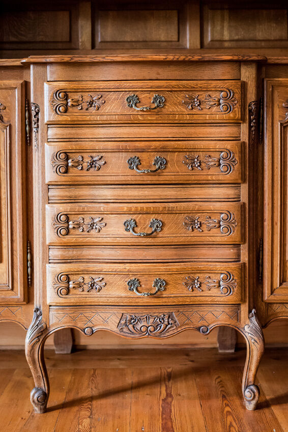 how to paint an antique dresser ebay. Black Bedroom Furniture Sets. Home Design Ideas