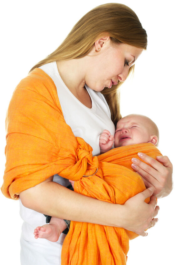 How to Buy a Baby Sling for a Newborn