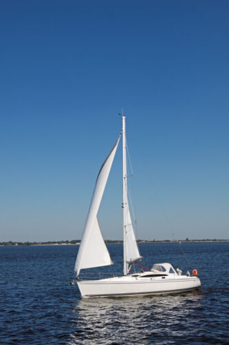 Sailing Dinghy Buying Guide