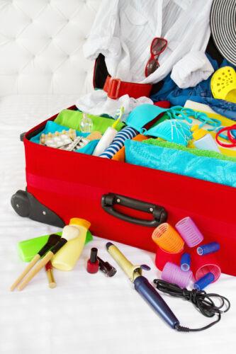 Kofferwaage, Schuhbeutel und Bauchtasche - Diese 10 Reiseutensilien sollten Sie nicht vergessen