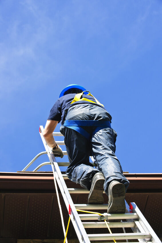 What To Pay Attention To When Buying A Roofing Ladder