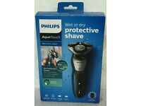 BRAND NEW PHILIPS AQUA TOUCH WET & DRY SHAVER