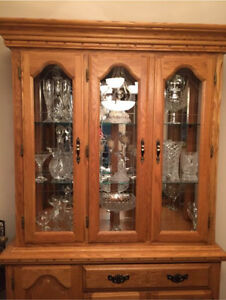 Beautiful China cabinet great condition
