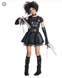 Mrs Scizzorhands Halloween Costume would suit age 9-11 approx